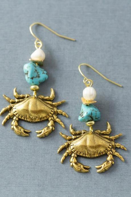 Crab Earrings, Crab Jewelry, Freshwater Pearl Earrings, Cancer Astrology Sign Jewelry, Cancer Earrings, Zodiac Earrings