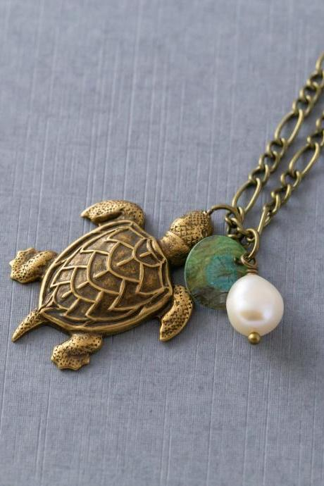 Sea Turtle Pendant Necklace, Freshwater Pearl Necklace, Beach Jewelry, Antiqued Brass Necklace, Beach Lover Gift, Sea Turtle Jewelry